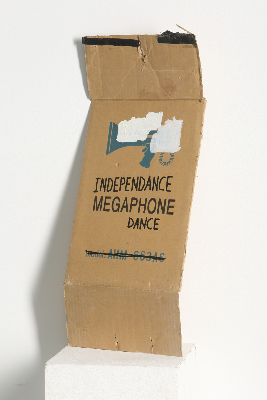 Phonedance, mixed, 25 x 9 x 61, 2014